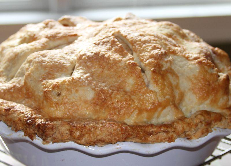 Delicious Deep Dish Apple Pie - StyleNectar
