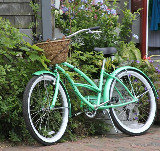 Nantucket-Bicycle-Juliane-Porter-StyleNectar